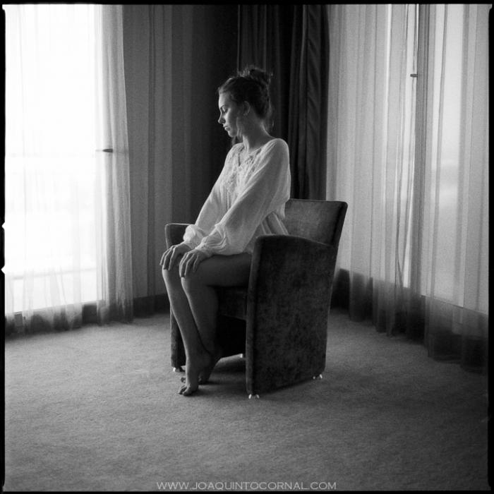Jessica Sanchez Gran Palas La Pineda Tarragona Hasselblad Linhof Technika III Ilford 3200 Polaroid_01